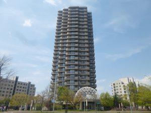 地上25階建・82mタワーマンション!ペット飼育可!